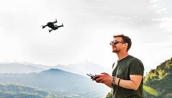 dron con camara selfie